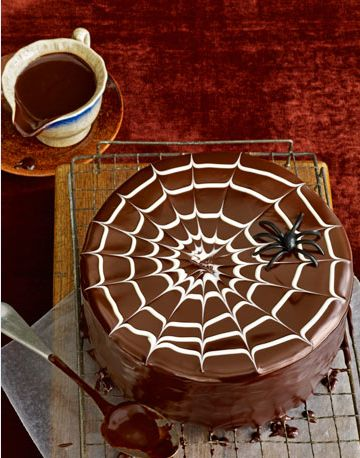 Spider wed Cake