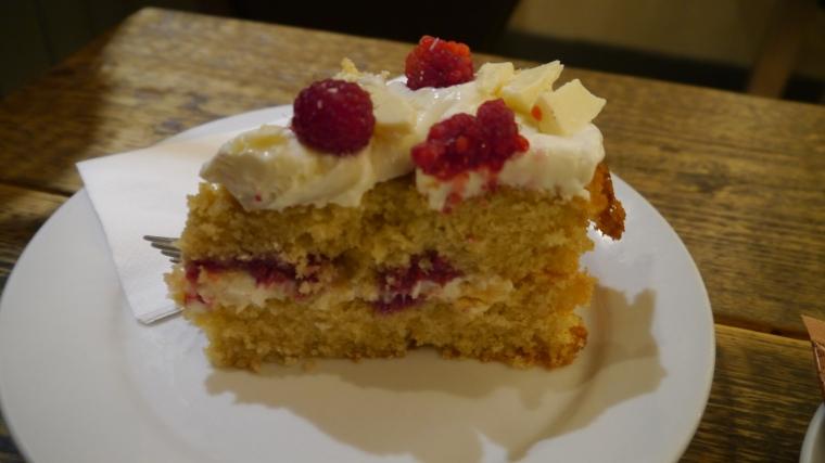 white choc + raspberry cake